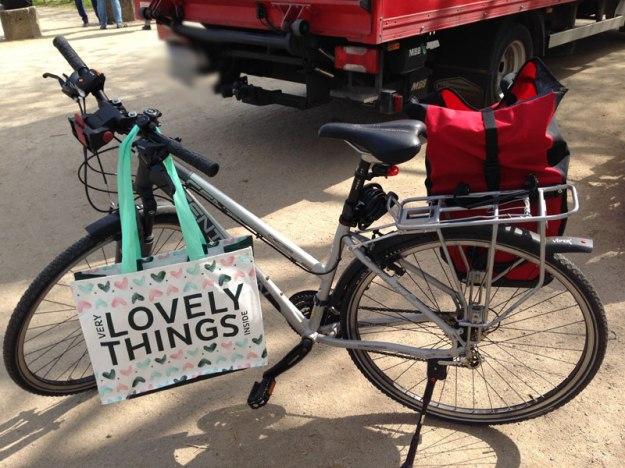 vollgeladenes-Fahrrad