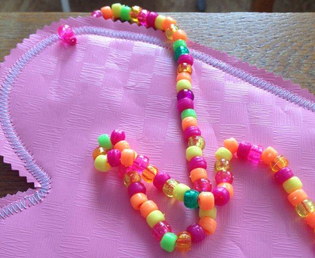aufgefaedelte-perlen.jpg