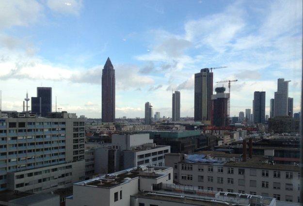 skyline-frankfurt-gutes-wetter