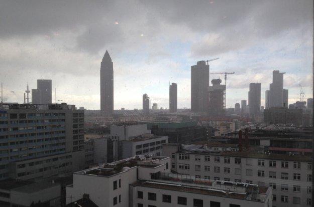 skyline-frankfurt-schlechtes-wetter.jpg