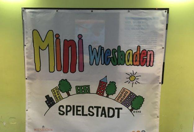 mini-wiesbaden-plakat