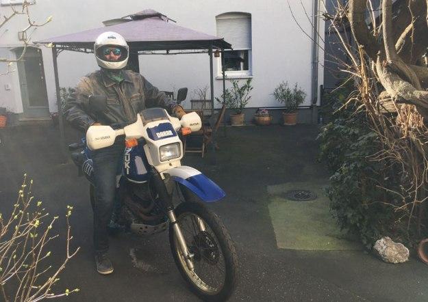 motorrad-im-fruehling